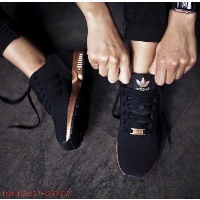 chaussure adidas rose et noir